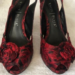 Rose Print Peep Toe Pumps